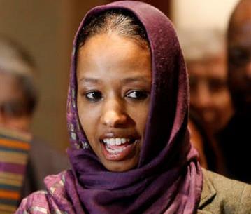 Христианка-профессор лишилась работы, надев хиджаб