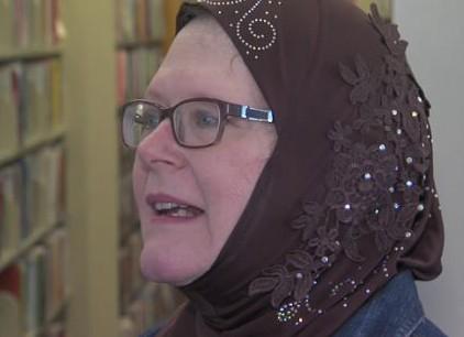 Христианка шокировала свою церковь, надев хиджаб