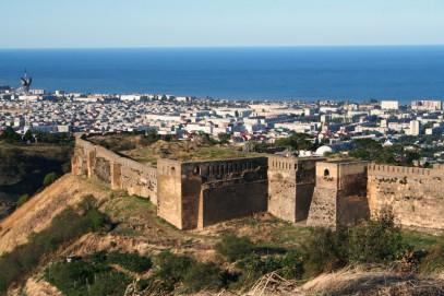 У древней крепости в Дагестане учинили кровавую бойню