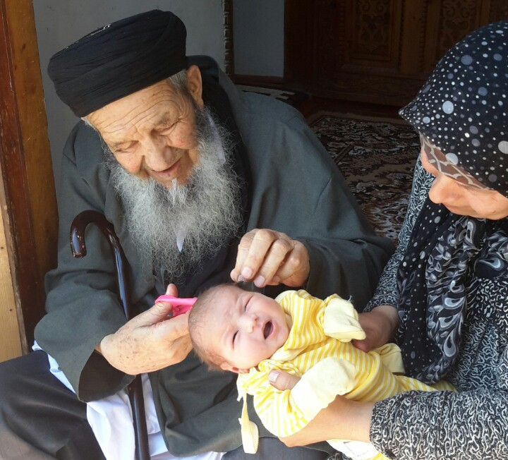Власти Таджикистана задержали престарелых родственников оппозиционеров