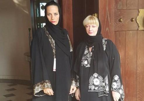 В Дубае разгорелся скандал с запретом хиджаба