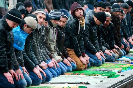 Установка имамам: кто не ханафит – тот экстремист