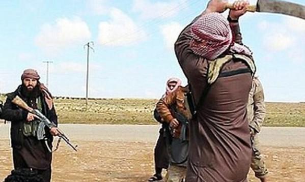 Правозащитники: Член ИГИЛ казнил собственную мать