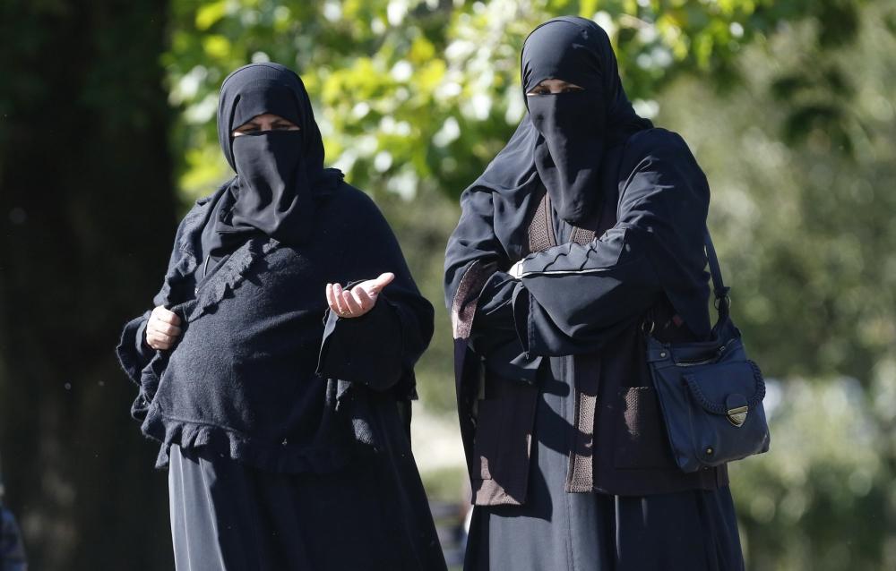 Мусульманок с детьми выгнали из парка (ВИДЕО)