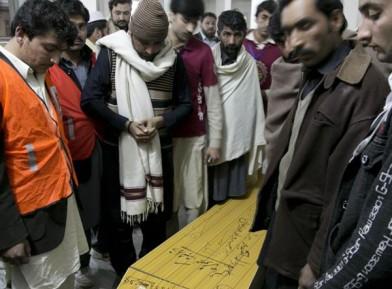 Мусульманин погиб, спасая своих гостей от террористов