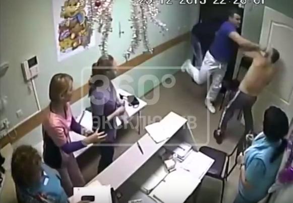 Врач до смерти забил пациента в белгородской больнице (ВИДЕО 18+)