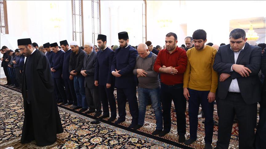 Совместный пятничный намаз в мечети Гейдара