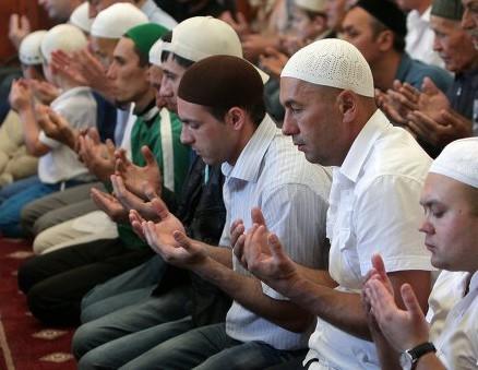 Украинские политики вспомнили о правах мусульман в Крыму
