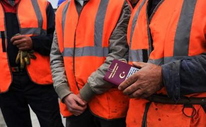 Иностранные рабочие попали под удар