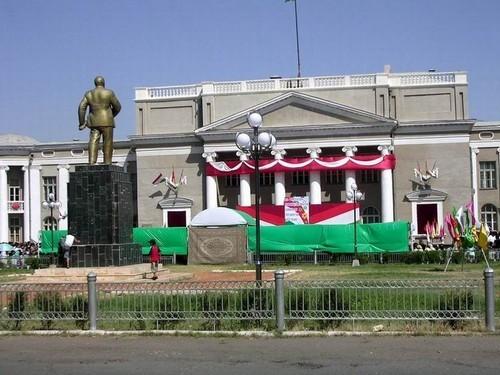 Таджикистан полностью ликвидировал советские названия городов