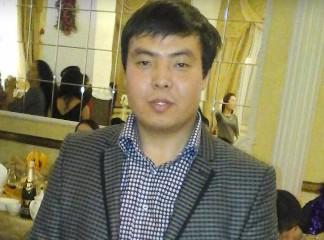 Уроженец Киргизии едва не погиб, спасая москвичку из-под поезда (ВИДЕО)