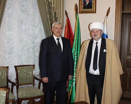 Питерский губернатор поддержал муфтия Панчаева