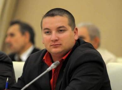 Украинские радикалы осудили арест Раиса Сулейманова в России