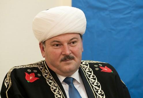 Талгат Таджуддин снял Равиля Панчаева с должности муфтия Санкт-Петербурга