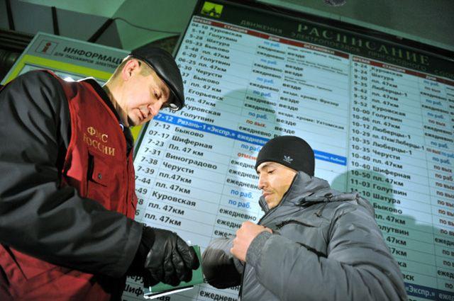 Мигрантам усложнят въезд в Россию