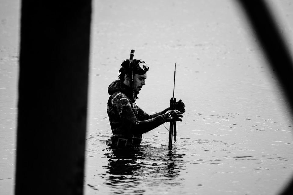 Подводная охота: особенности выбора снаряжения