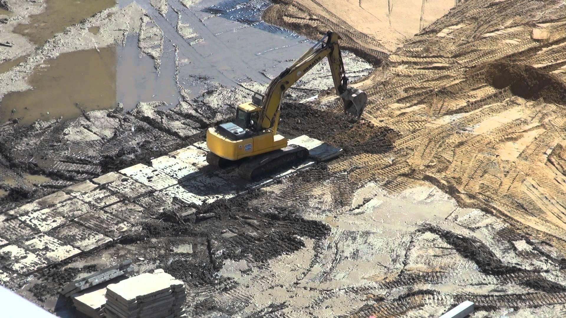 Дорожные плиты: идеальный материал для оперативного строительства дорог