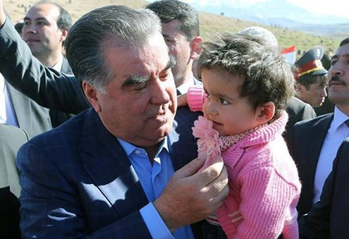 Власти Таджикистана провели дерусификацию фамилий