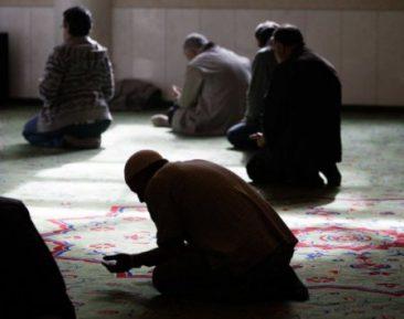 60 верующих задержаны в ходе пятничного рейда в Самаре