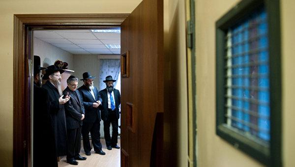 Комната с функцией мечети и синагоги появилась в Москве