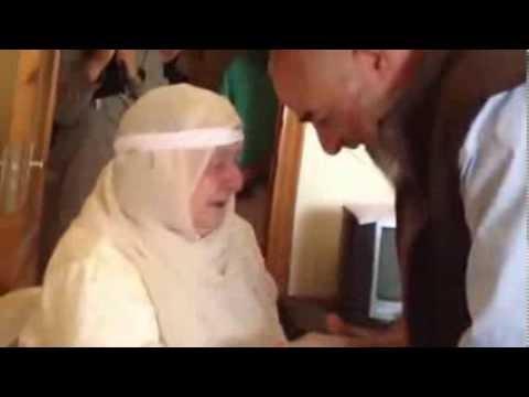 Сирийский оппозиционер встретился с матерью после 31 года разлуки (ВИДЕО)