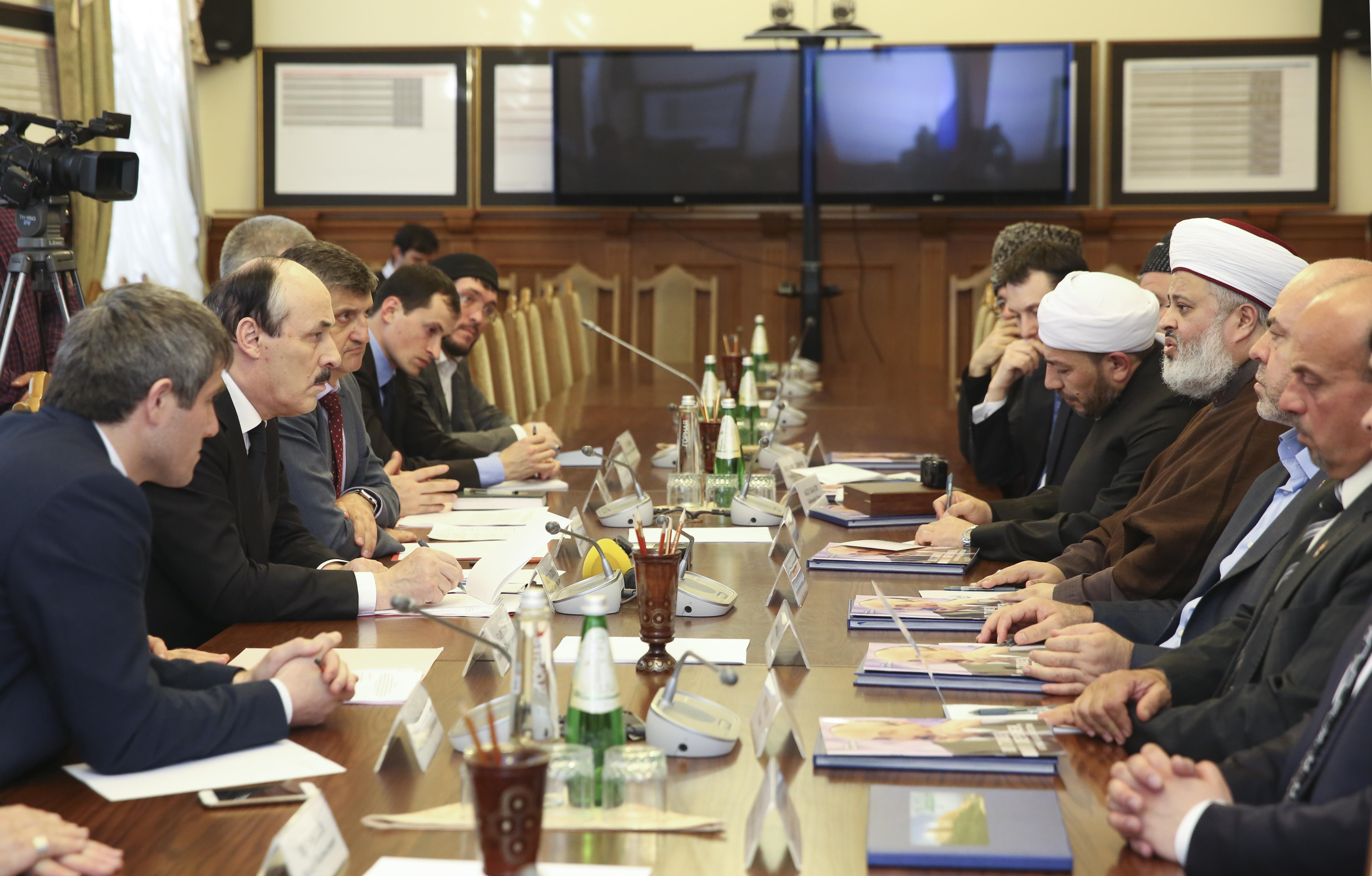 В Дагестане удовлетворены визитом мусульманских ученых Ирака и Ливана (ВИДЕО)