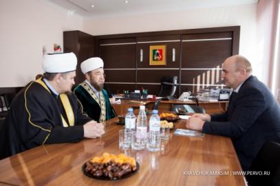 Мусульмане Урала обратились к Путину за защитой