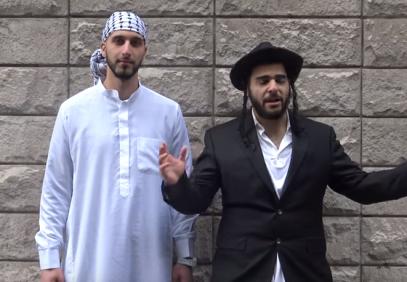 Мусульманин и иудей свернули головы прохожим (ВИДЕО)