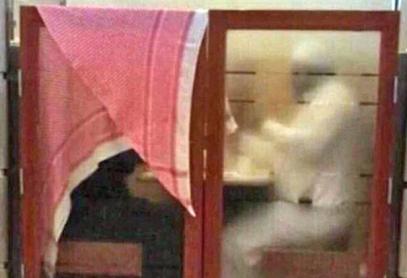 Саудовец вызвал резонанс необычным отношением к жене