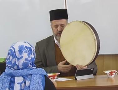 Потомок пророка Мухаммада спел для татарских женщин (ВИДЕО)