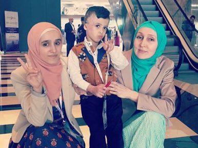 Что сказали россиянки 4-летнему палестинскому сироте — другу Роналду