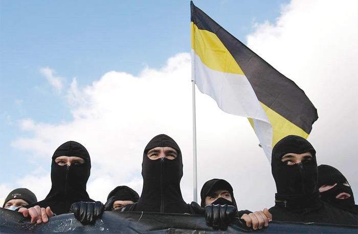 Задержана банда скинхедов, атаковавших таджиков в московском метро