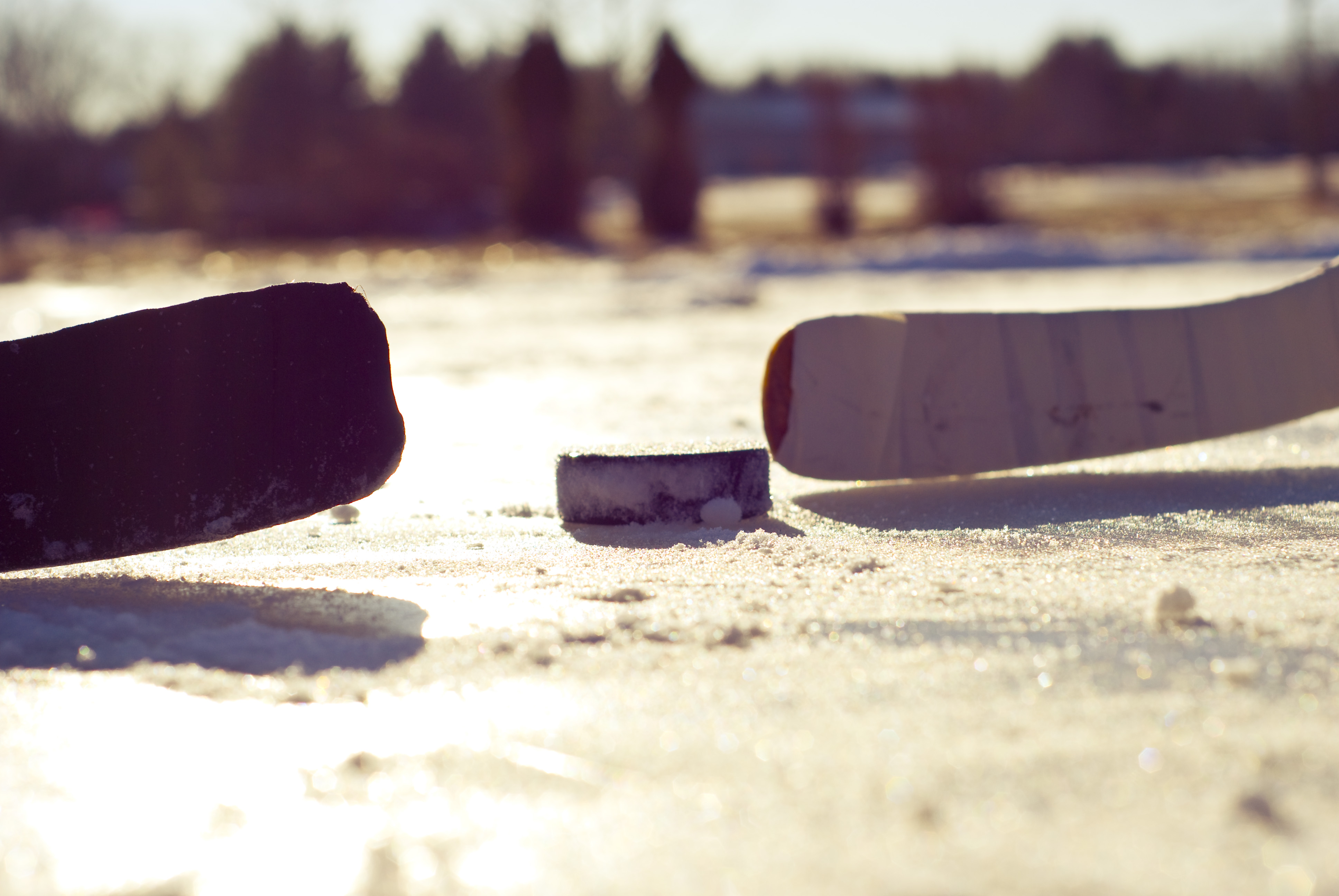 Как правильно выбирать хоккейные клюшки?