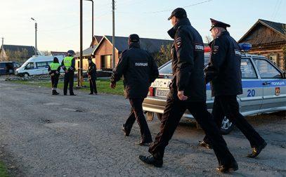 Мигрантов подозревают в убийстве полицейского начальника с семьей