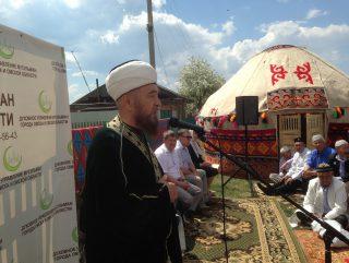 В старинном сибирском селе открыли мечеть