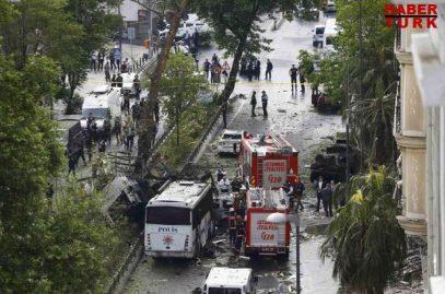 В Стамбуле взлетел на воздух автобус со спецназом