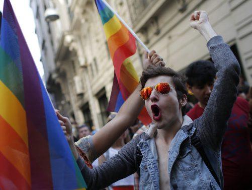 СМИ узнали, как власти Турции спасли трансвеститов от ИГИЛ