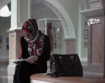 В Минобрнауки прокомментировали отказ впустить в МГИМО абитуриентку в хиджабе