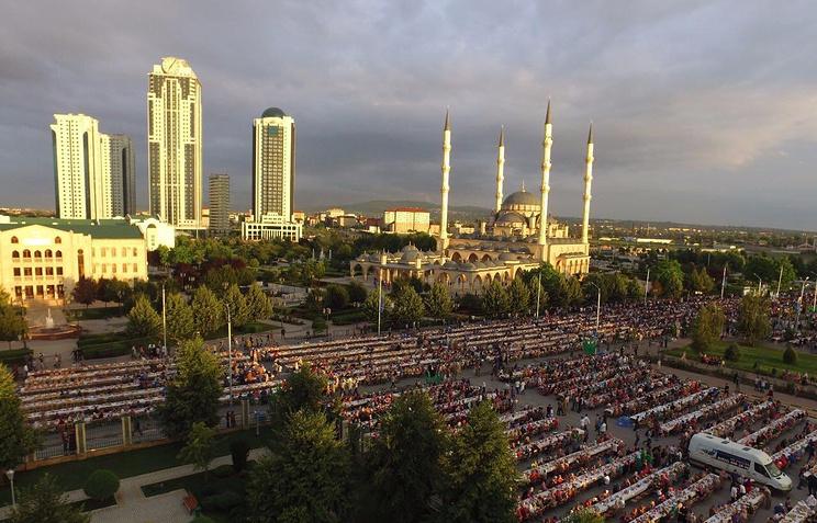Массовый ифтар в Грозном