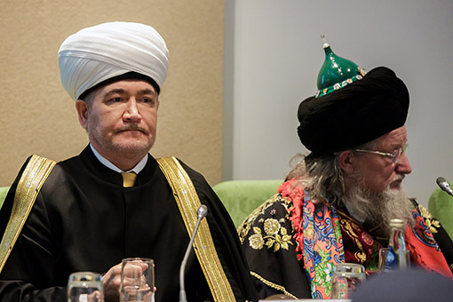 Эксперт: Талгат Таджуддин и Равиль Гайнутдин — не пионервожатые