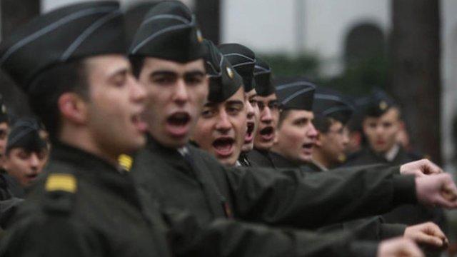 Воспитанники одного из турецких военных училищ