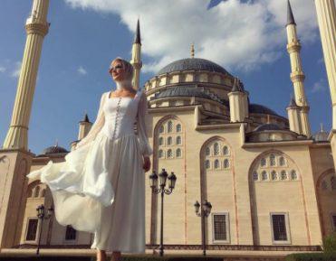 Поп-звезда пошла на жертву ради поездки в Чечню