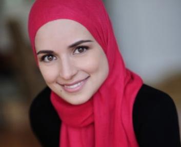 Ненависть к хиджабу разорила охранное агентство