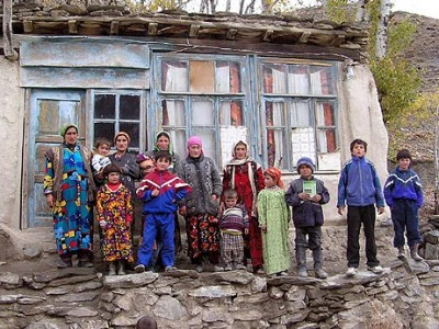 Власти Таджикистана поручили чиновникам сдать «садака фитр»