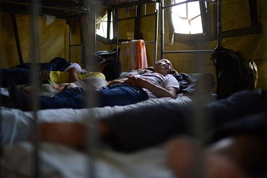 Иностранцы устроили голодовку вПриморье из-за затянувшейся процедуры депортации