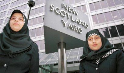 Полицейская форма с хиджабом распространяется по Великобритании
