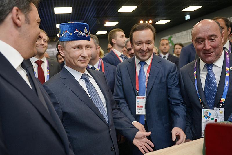 Соцопрос продемонстрировал снижение уровня симпатии кВладимиру Путину