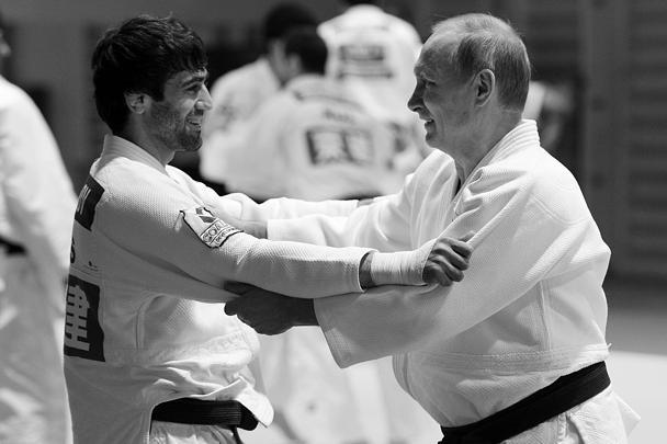 Путин поздравил атлета спервым русским золотом Рио