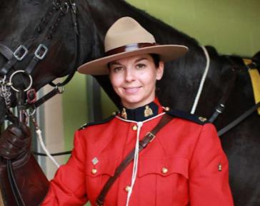 Офицерам канадской ФСБ впервые в истории разрешили хиджаб