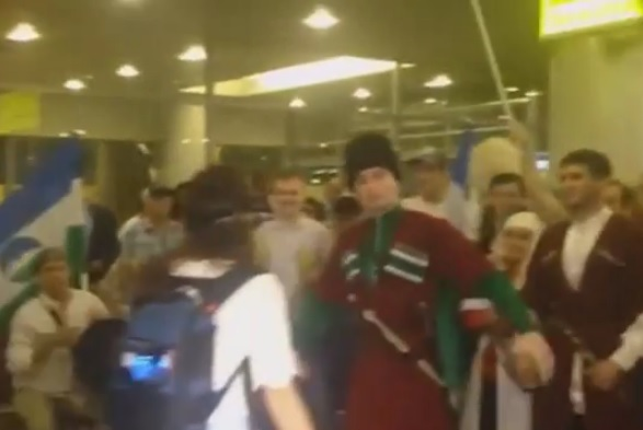 Болельщики исполнили победную лезгинку в Шереметьево